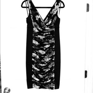 White House Black Market NWT Slimming Dress